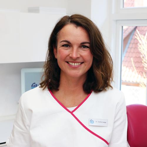 Dr. Saskia Lange
